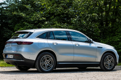 mercedes-benz-eqc-2020-03