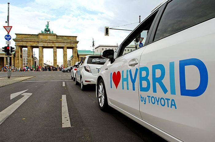 taxi-toyota-hybrid