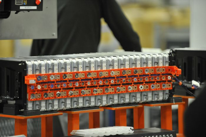 14_NISSAN_BATTERY_PLANT