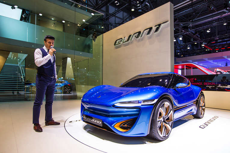 QUANTiNO der nanoFlowcell AG – Auto-Salon 2015 in Genf