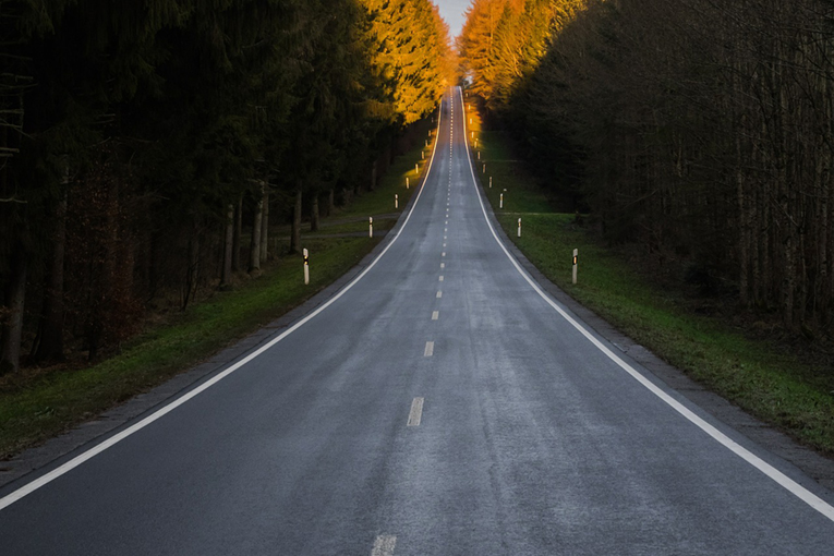 strecke-weg-fahrt-beruf
