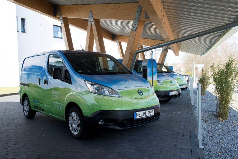 Biobäcker fährt elektrisch – Nissan e-NV200 im Einsatz