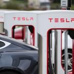 Tesla: Strafgebühr für Ladesünder am Supercharger