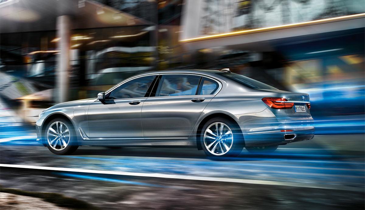 BMW-740e-Plug-in-Hybrid