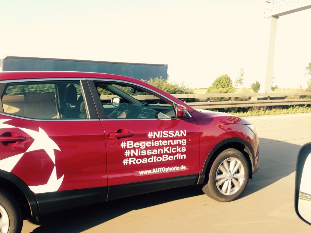 Nissan Qashqai auf der Autobahn - Roadtrip nach Berlin