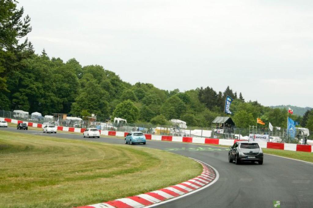 24-stunden-rennen-nuerburgring-nissan-leaf