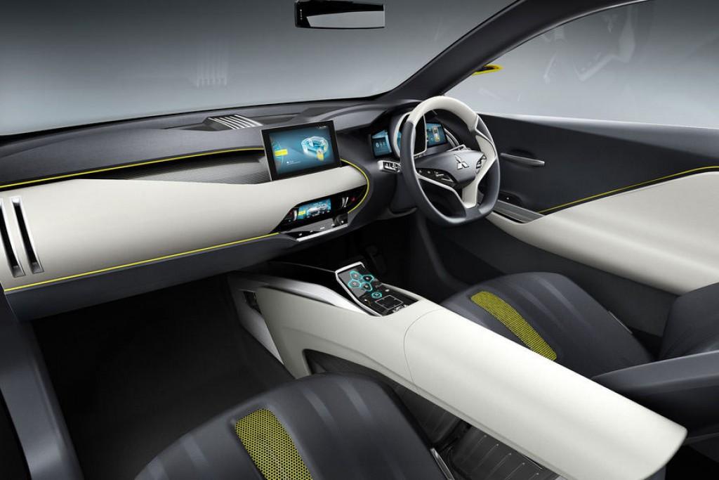 mitsubishi-ex-concept-tokyo-2015-elektroauto-interieur