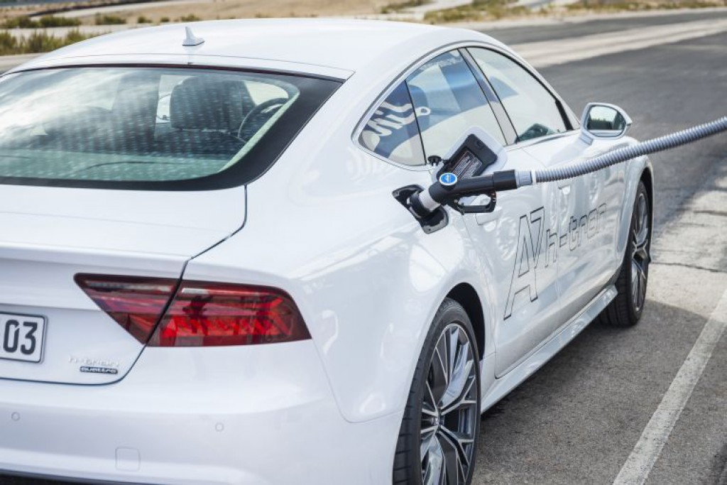 audi-a7-htron-brennstoffzelle-fuel-cell-24