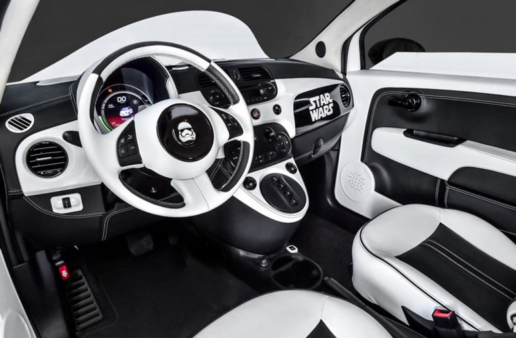 fiat 500e stormtrooper elektroauto im star wars look. Black Bedroom Furniture Sets. Home Design Ideas