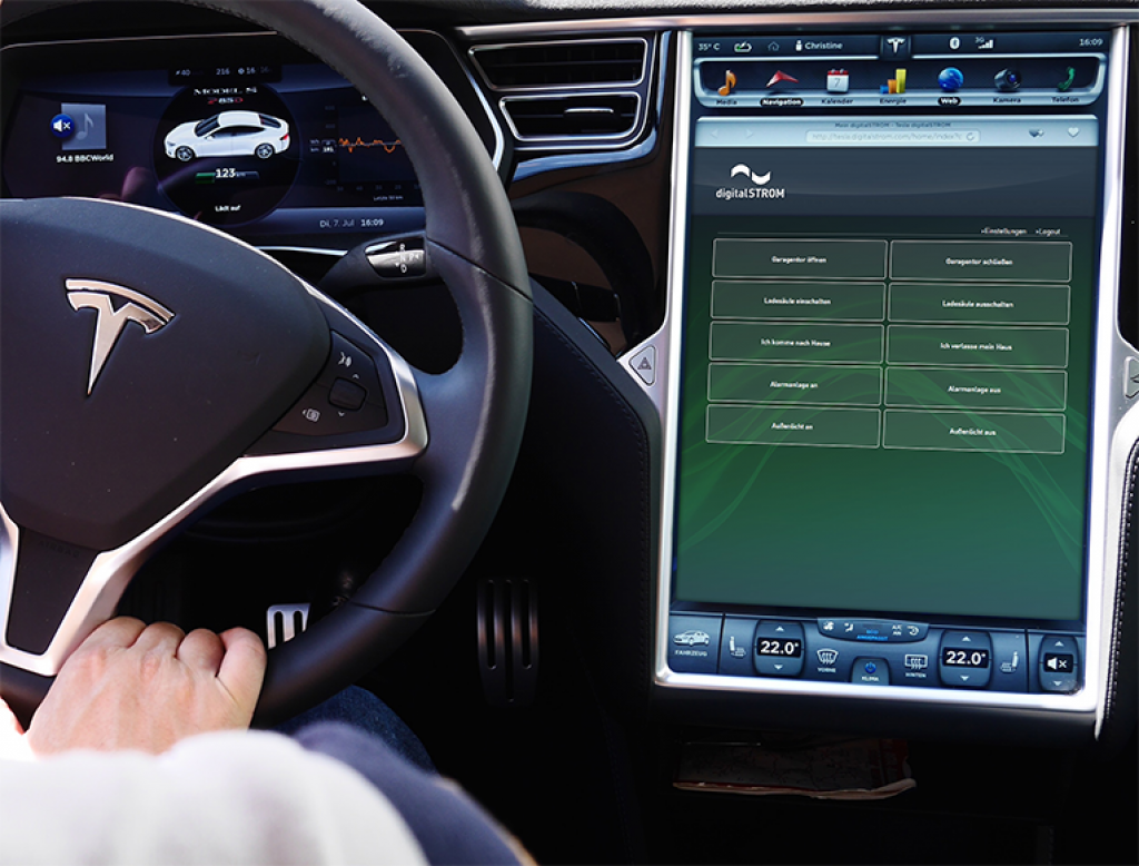 tesla-model-s-digitalstrom-smart-home-touchscreen
