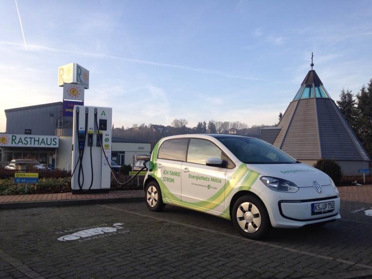 roadtrip-nuerburgring-lindner-hotel-vw-eup-elektroauto-02