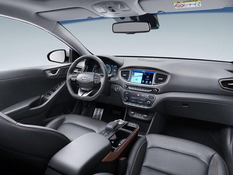hyundai-ioniq-electric-elektroauto-interieur