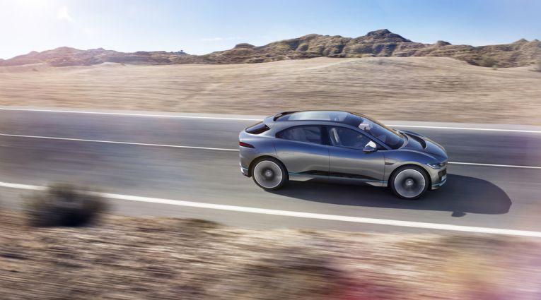 jaguar-i-pace-concept-la-autoshow-2016-elektroauto-6