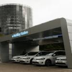 Dem VW e-Golf auf der Spur – Besuch der Gläsernen Manufaktur